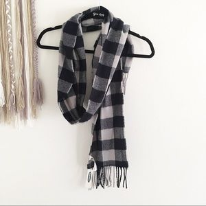 Old Navy Blue & Grey Buffalo Plaid Fringe Scarf